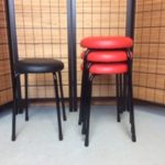 重ね丸椅子(スツール)